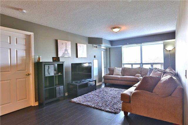 Condo Apartment at 35 Kingsbridge Garden Circ, Unit 407, Mississauga, Ontario. Image 12