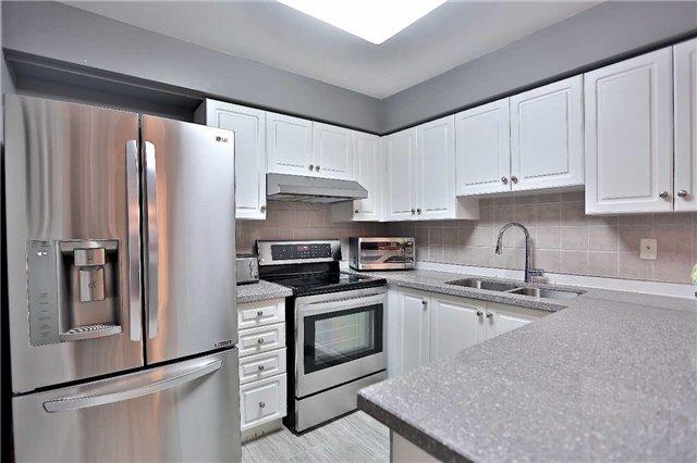 Condo Apartment at 35 Kingsbridge Garden Circ, Unit 407, Mississauga, Ontario. Image 16