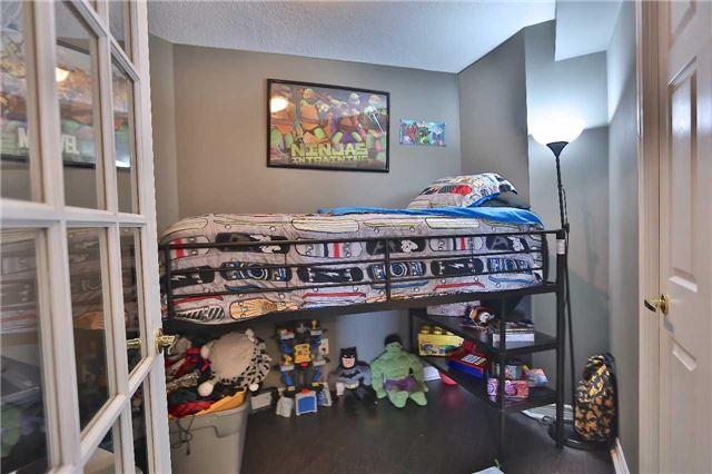 Condo Apartment at 35 Kingsbridge Garden Circ, Unit 407, Mississauga, Ontario. Image 19