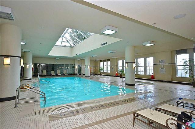 Condo Apartment at 35 Kingsbridge Garden Circ, Unit 407, Mississauga, Ontario. Image 6