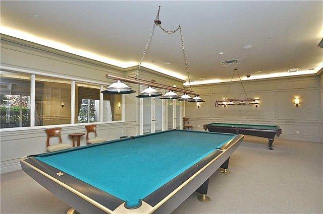 Condo Apartment at 35 Kingsbridge Garden Circ, Unit 407, Mississauga, Ontario. Image 7