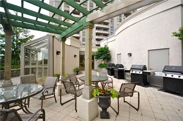 Condo Apartment at 35 Kingsbridge Garden Circ, Unit 407, Mississauga, Ontario. Image 11