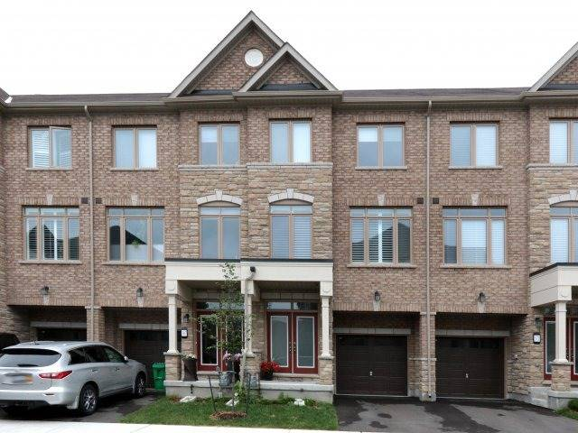 Condo Townhouse at 369 Ladycroft Terr, Mississauga, Ontario. Image 1