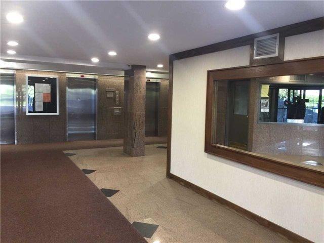 Condo Apartment at 4 Lisa St, Unit 103, Brampton, Ontario. Image 3