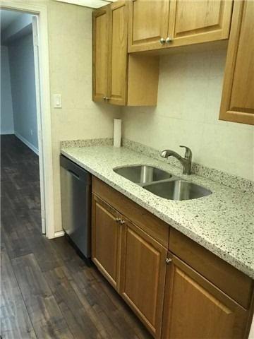 Condo Apartment at 4 Lisa St, Unit 103, Brampton, Ontario. Image 4