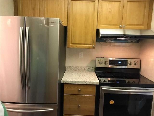 Condo Apartment at 4 Lisa St, Unit 103, Brampton, Ontario. Image 5