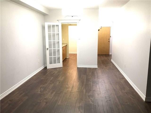Condo Apartment at 4 Lisa St, Unit 103, Brampton, Ontario. Image 8