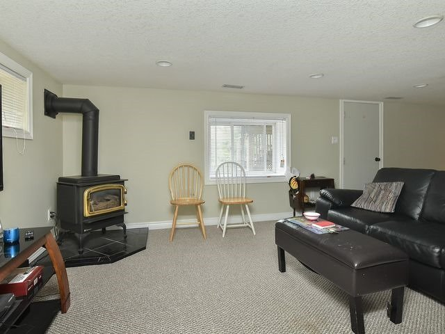 Detached at 29A Second St, Orangeville, Ontario. Image 6
