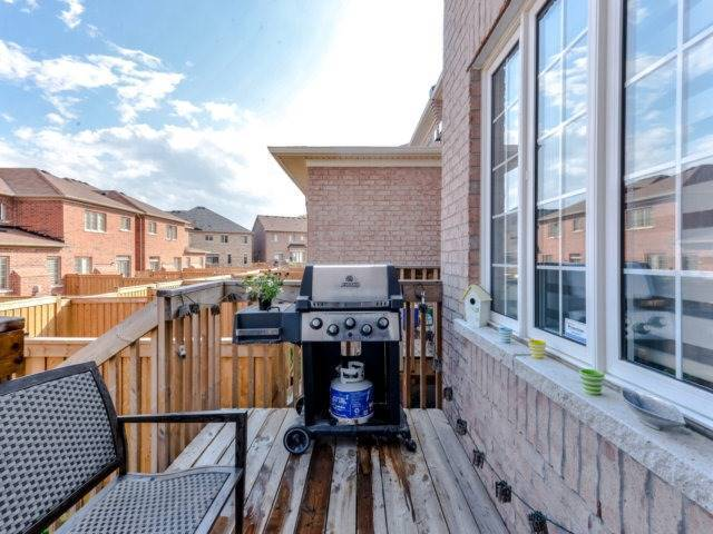 Townhouse at 5592 Bonnie St, Mississauga, Ontario. Image 11