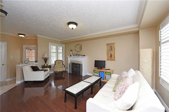 Detached at 83 Russell St, Halton Hills, Ontario. Image 10