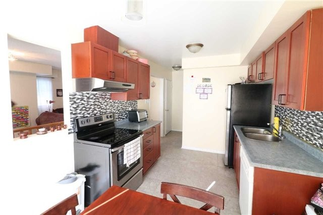 Condo Townhouse at 60 Sidney Belsey Cres, Unit 301, Toronto, Ontario. Image 16