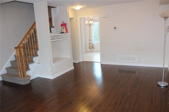 Condo Townhouse at 3030 Breakwater Crt, Unit 328, Mississauga, Ontario. Image 17