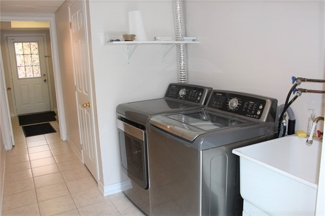 Condo Townhouse at 3030 Breakwater Crt, Unit 328, Mississauga, Ontario. Image 13