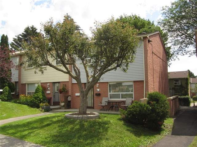 Condo Townhouse at 1055 Shawnmarr Rd, Unit 79, Mississauga, Ontario. Image 1