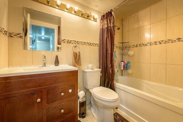 Condo Apartment at 455 Sentinel Rd, Unit 307, Toronto, Ontario. Image 5