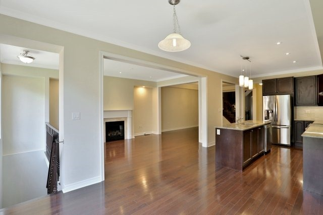Townhouse at 2474 Thornfield Common, Oakville, Ontario. Image 16