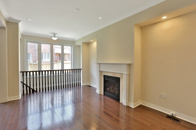 Townhouse at 2474 Thornfield Common, Oakville, Ontario. Image 19
