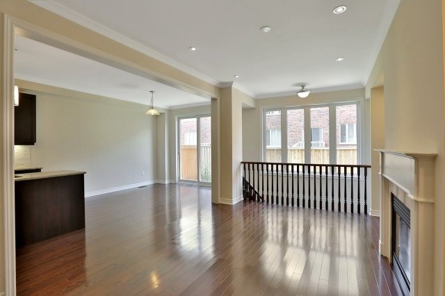 Townhouse at 2474 Thornfield Common, Oakville, Ontario. Image 20