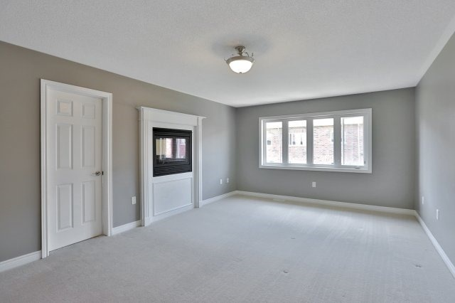 Townhouse at 2474 Thornfield Common, Oakville, Ontario. Image 5