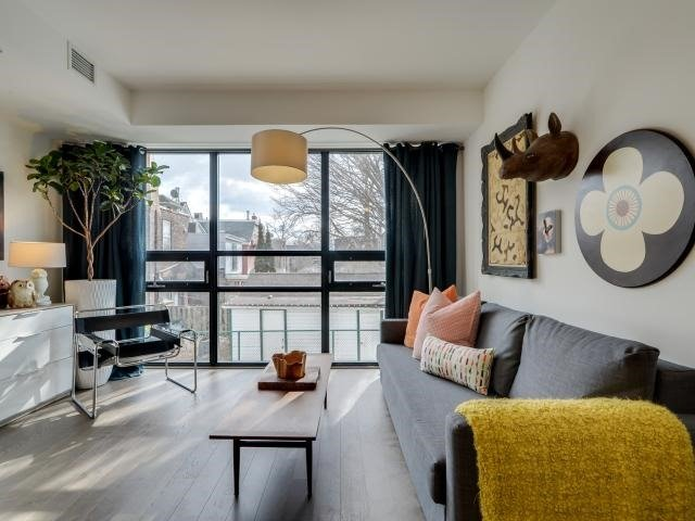 Condo Townhouse at 530 Indian Grve, Unit Th 6, Toronto, Ontario. Image 3