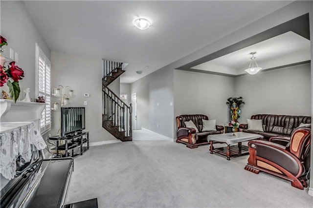 Detached at 106 Stedford Cres, Brampton, Ontario. Image 14
