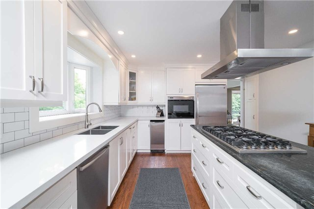Detached at 17 Keily Cres, Caledon, Ontario. Image 14