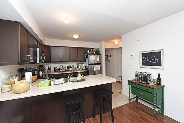 Condo Townhouse at 2464 Post Rd, Unit 7, Oakville, Ontario. Image 14