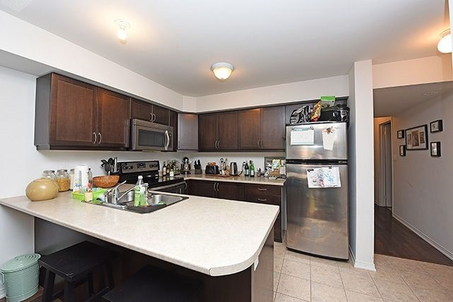 Condo Townhouse at 2464 Post Rd, Unit 7, Oakville, Ontario. Image 16