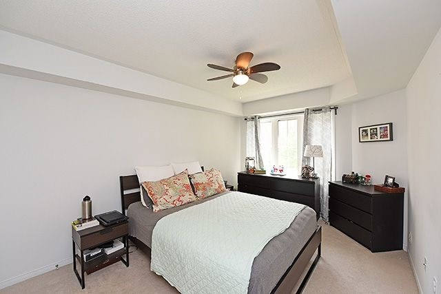 Condo Townhouse at 2464 Post Rd, Unit 7, Oakville, Ontario. Image 3