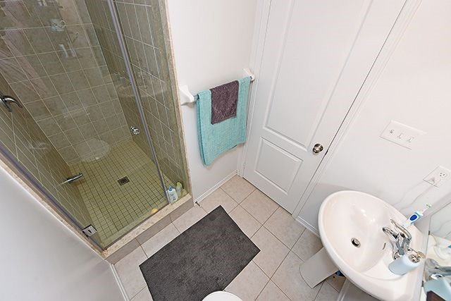Condo Townhouse at 2464 Post Rd, Unit 7, Oakville, Ontario. Image 5