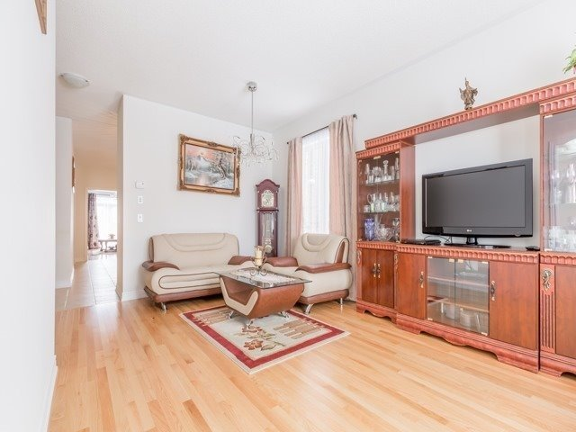 Detached at 66 Mcechearn Cres, Caledon, Ontario. Image 14