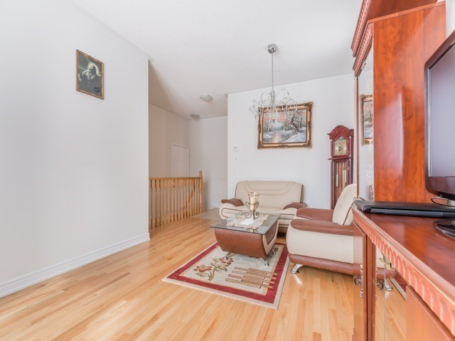 Detached at 66 Mcechearn Cres, Caledon, Ontario. Image 16