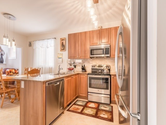 Detached at 66 Mcechearn Cres, Caledon, Ontario. Image 17