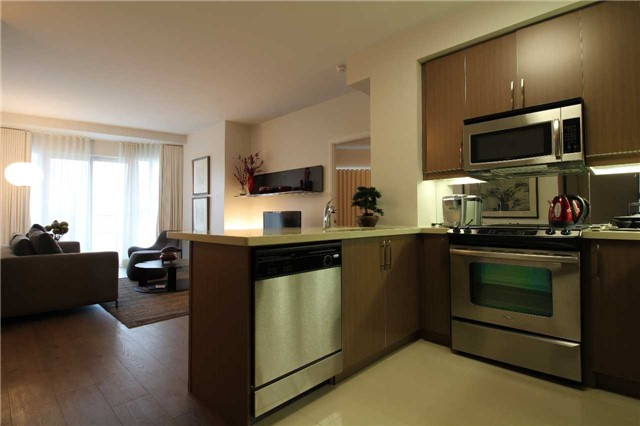Condo With Common Elements at 60 Absolute Ave, Unit 1503, Mississauga, Ontario. Image 8