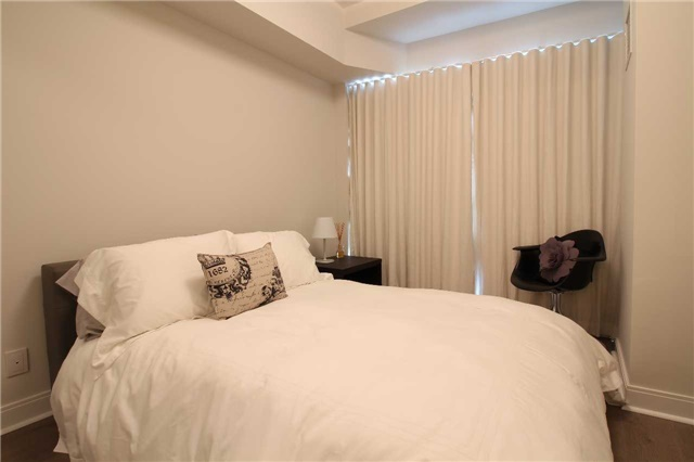 Condo With Common Elements at 60 Absolute Ave, Unit 1503, Mississauga, Ontario. Image 10