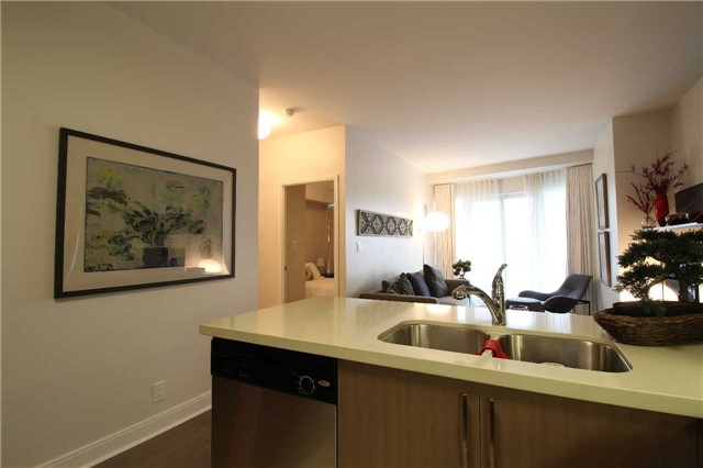 Condo With Common Elements at 60 Absolute Ave, Unit 1503, Mississauga, Ontario. Image 5