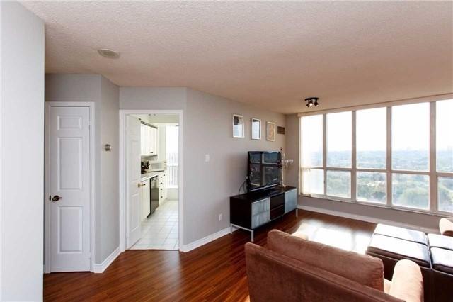 Condo Apartment at 2285 Lake Shore Blvd W, Unit 1704, Toronto, Ontario. Image 14
