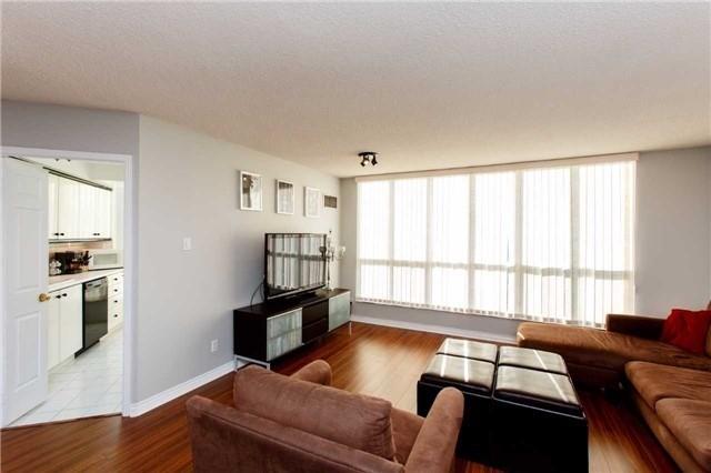 Condo Apartment at 2285 Lake Shore Blvd W, Unit 1704, Toronto, Ontario. Image 17