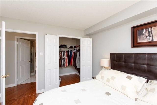 Condo Apartment at 2285 Lake Shore Blvd W, Unit 1704, Toronto, Ontario. Image 19