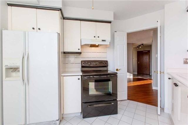 Condo Apartment at 2285 Lake Shore Blvd W, Unit 1704, Toronto, Ontario. Image 20