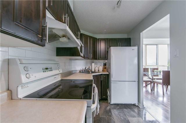 Condo Apartment at 41 Markbrook Lane, Unit 313, Toronto, Ontario. Image 18