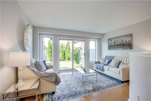 Semi-detached at 5858 Questman Hllw, Mississauga, Ontario. Image 16