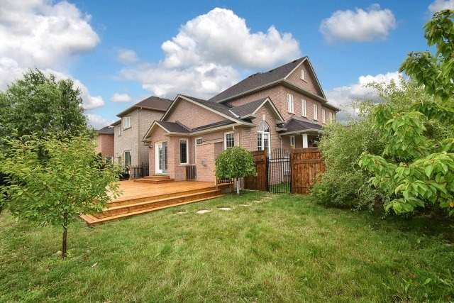 Detached at 92 Beavervalley Dr, Brampton, Ontario. Image 10