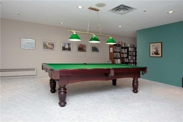 Condo Apartment at 1800 The Collegeway, Unit 404, Mississauga, Ontario. Image 9