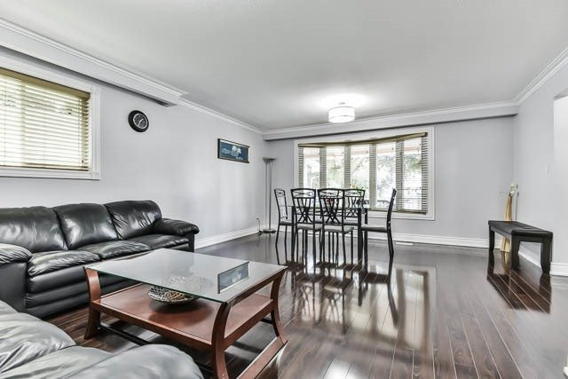 Detached at 9 Quinby Crt, Toronto, Ontario. Image 15