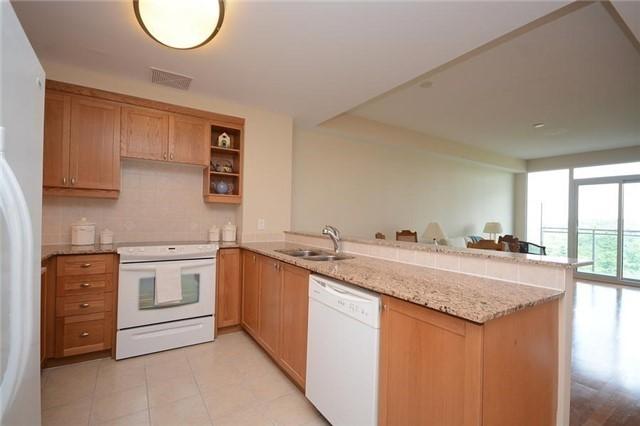 Condo Apartment at 1665 The Collegeway, Unit 1210, Mississauga, Ontario. Image 16