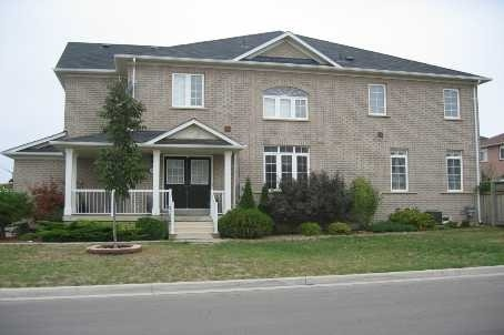 Semi-detached at 3541 Fountain Park Ave, Mississauga, Ontario. Image 1