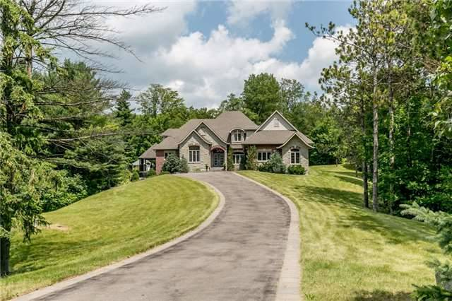 Detached at 4 Highcrest Rd, Caledon, Ontario. Image 1