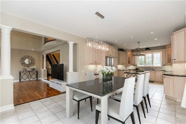 Detached at 4 Highcrest Rd, Caledon, Ontario. Image 4