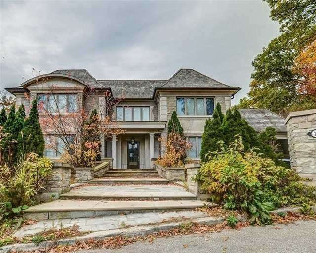 Detached at 158 Edenbridge Dr, Toronto, Ontario. Image 1